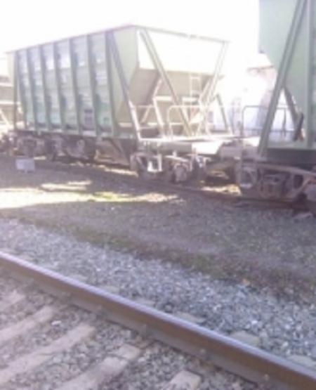 Сошедшие с рельсов на станции Арчеда Волгоградской области вагоны не помешают пассажирским поездам двигаться по расписанию