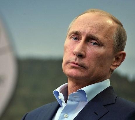 Дмитрий Песков: Путин считает наших футболистов героями