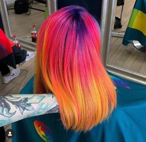 «Срочно закажу красные волосы! А я голубые!» - летняя мода по-камышински