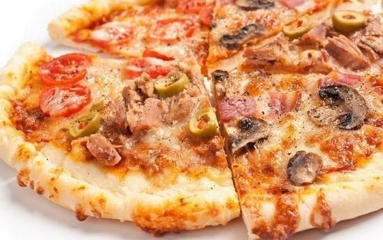 Камышинская пиццерия «Додо» была вынуждена пригласить возмущенную посетительницу с детьми съесть пиццу повторно за счет фирмы