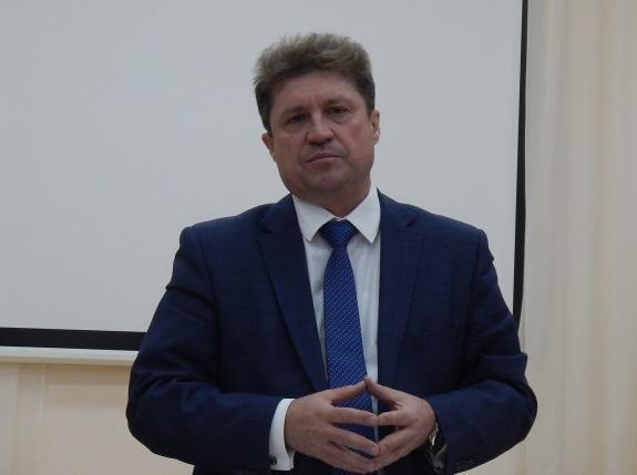 На какое «секретное» заседание президиума реготделения «Единой России» ездил глава администрации Камышина Станислав Зинченко