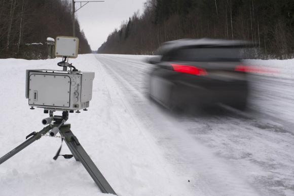 С сегодняшнего дня на трассах Волгоградской области полиция работает с применением специальных установок для контроля скоростного режима