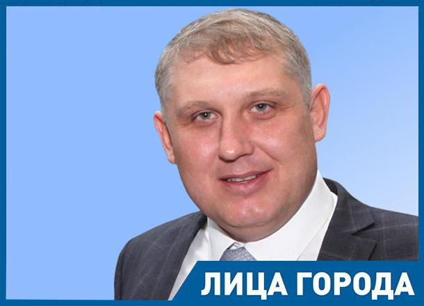Генеральный директор ООО «КЗСМИ»  Владимир Архипкин:  Предметом нашей гордости являются прямые контракты с гигантами промышленности