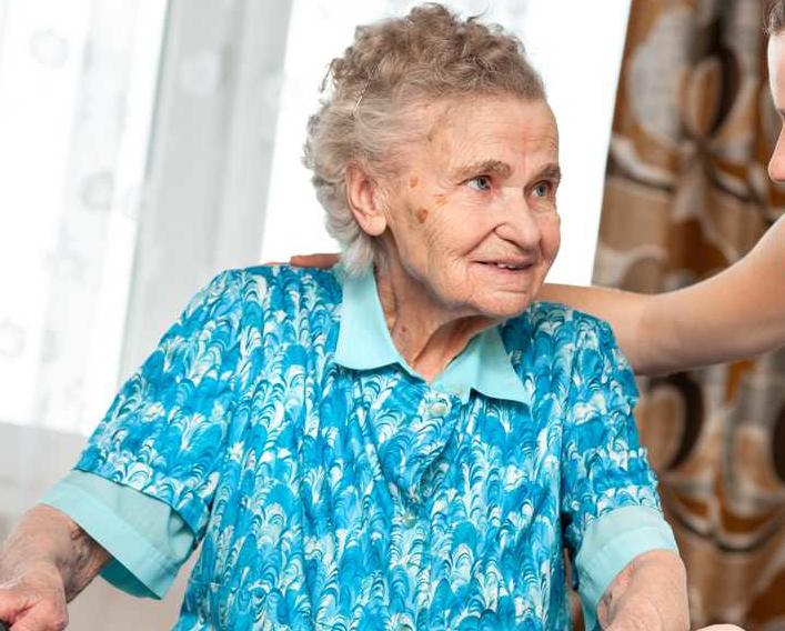 В Камышине шарлатанка пришла к бабушке под видом соцработника и «увела» 60 тысяч