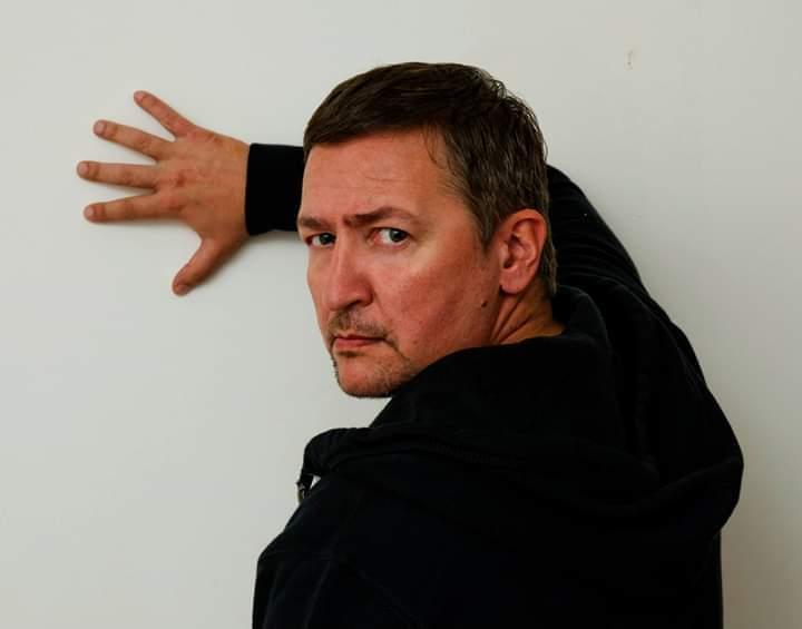 Режиссер Камышинского драматического театра Александр Штендлер: «Если театр все-таки развалят, я приеду его собирать заново»