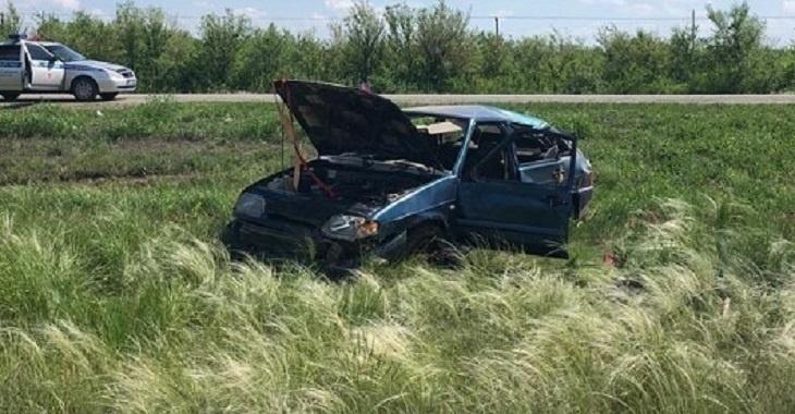 Водитель бросил раненных им, истекающих кровью девушку и парня на трассе и скрылся