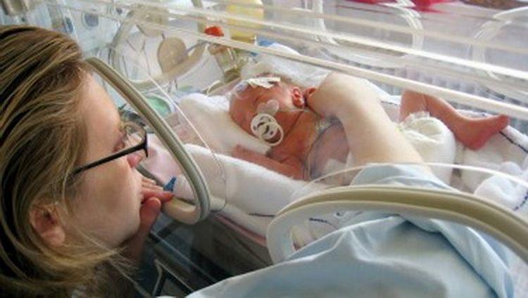 Правоохранители расследуют дело о таинственных ожогах у новорожденного , - «Блокнот Волгограда»