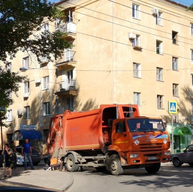 Физическое лицо купит «мусорную» компанию со статусом регоператора в Волгоградской области и еще 3 регионах РФ, - ИА «Росбизнесконсалтинг»
