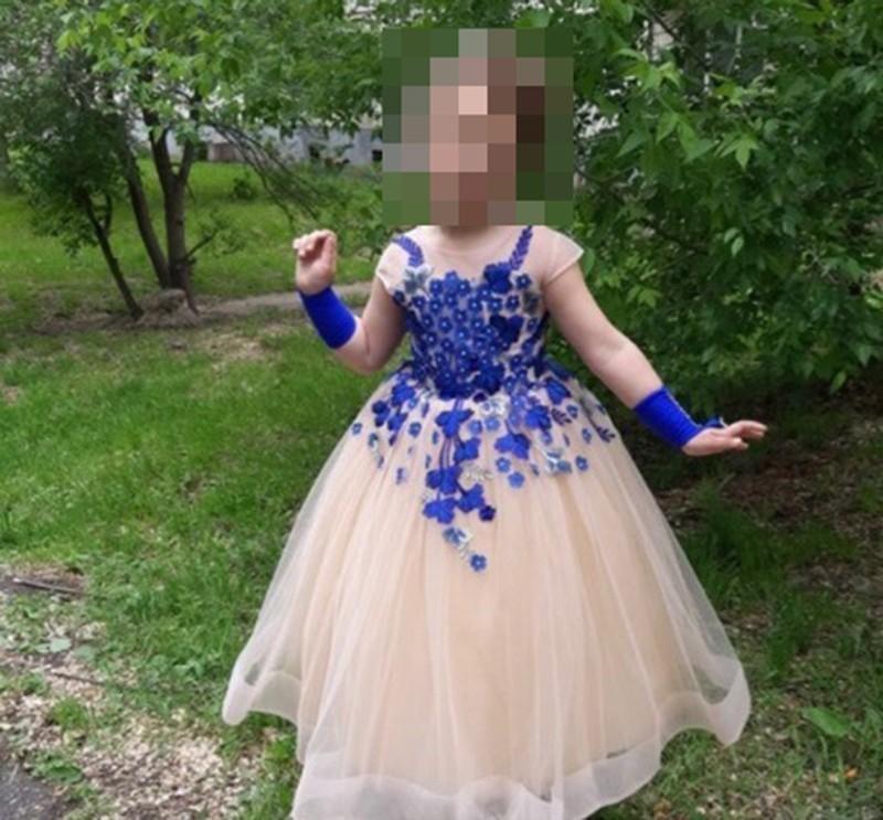 Кто рассылает на телефоны камышан фейковую новость о пропавшей девочке в бальном платье, неизвестно
