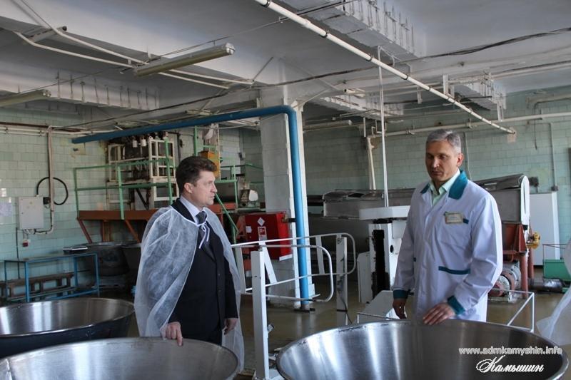 Правда ли, что директора Камышинского хлебокомбината Юрия Кутепова может сменить директор «Текстильпрома» Игорь Скрипкин?