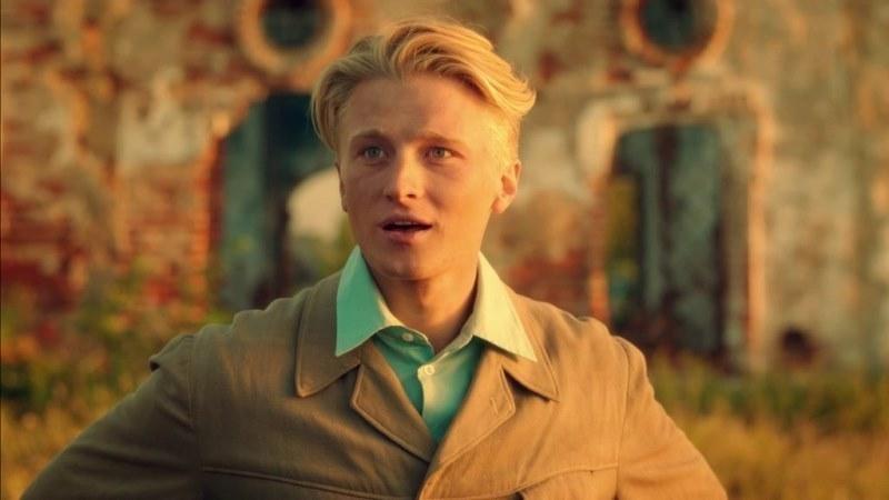 На первом канале идет показ фильма в котором снялся актер из Камышина  Вячеслав Чепурченко