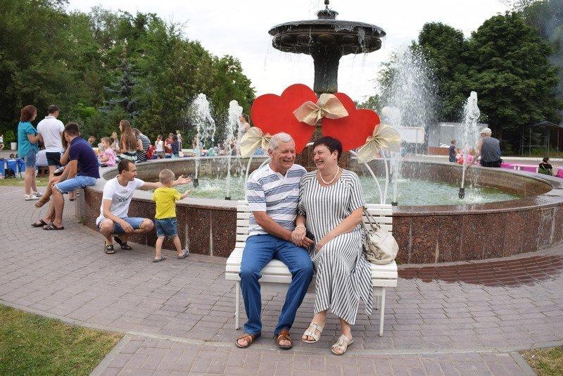 Муж и жена Юрий и Нина Шеины из Камышина получили от губернатора медали за супружескую верность