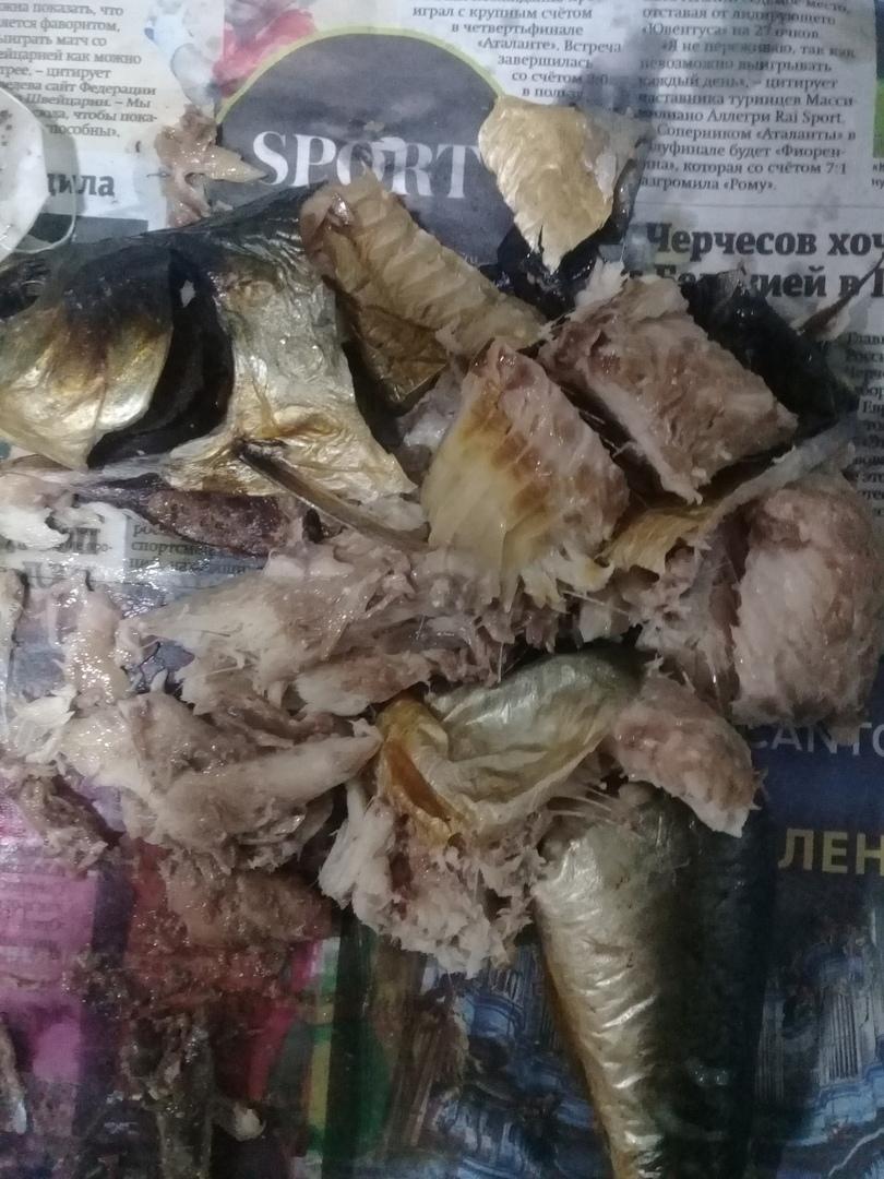 Разложившуюся селедку купил камышанин в небольшом магазине на улице Пролетарской
