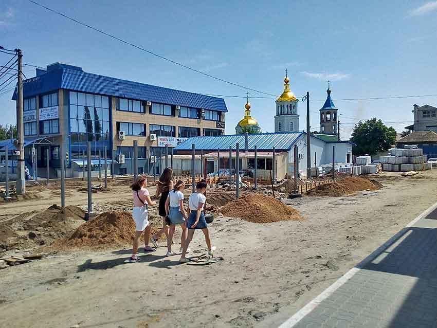 Центральный рынок Камышина вновь превратился в строительную площадку