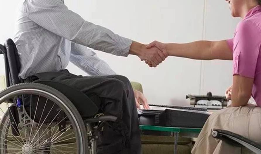 Камышинская городская прокуратура выясняла, как работодатели хитрят с квотами для трудоустройства инвалидов