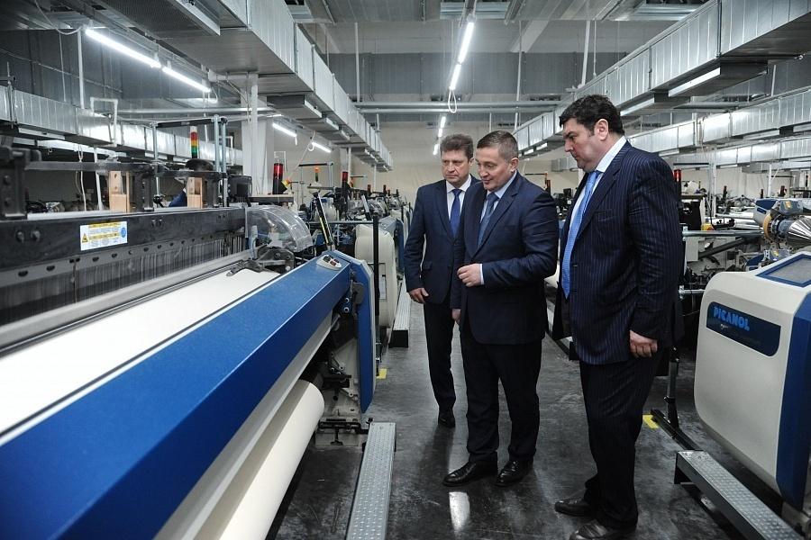 Андрей Бочаров посетил промышленные площадки Камышина и провел заседание профильного совета при губернаторе