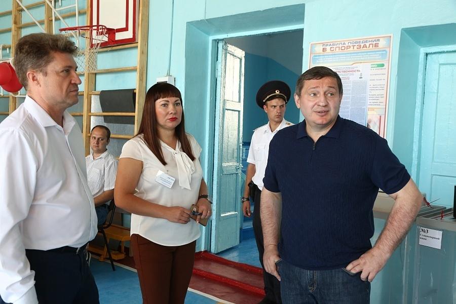 Губернатор Андрей Бочаров в день выборов 9 сентября находится с рабочей поездкой в Камышине
