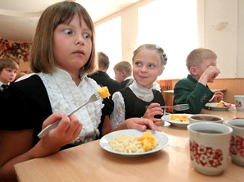 В Волгоградской области школьные завтраки для первоклашек станут бесплатными