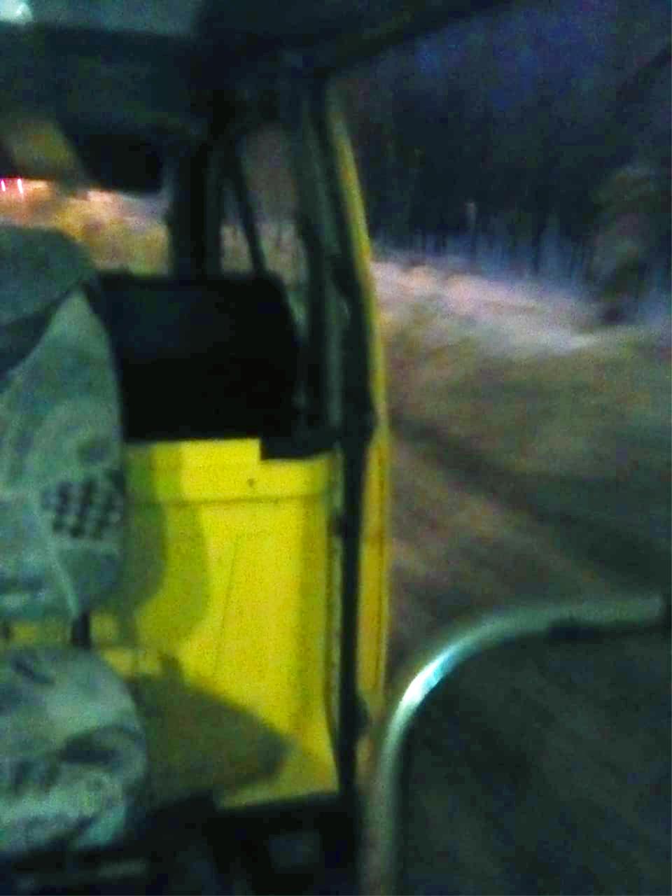 В Камышине пассажиры маршрутки ехали до конечной остановки с открытой дверью