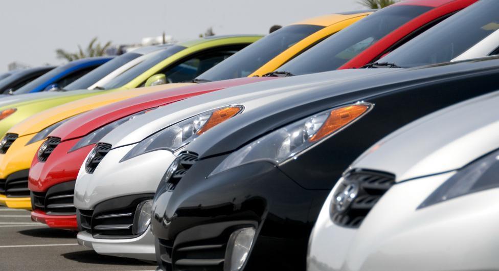 Какие авто нравятся камышинским депутатам и чиновникам и их законным женам