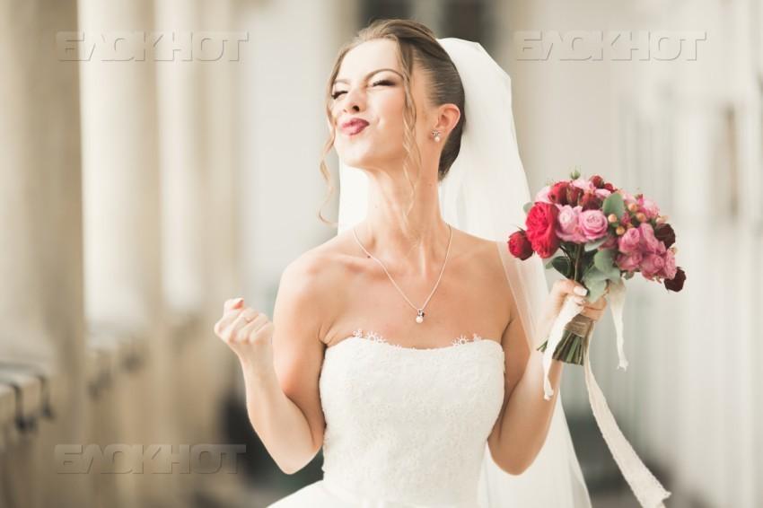 Учредительница фирмы элитной недвижимости после роскошной свадьбы отправилась в колонию