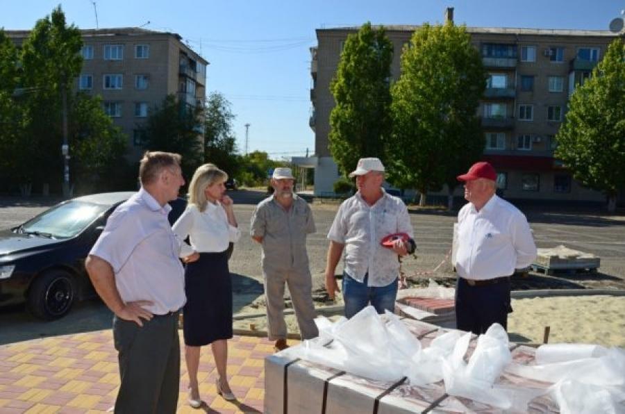 В городе Петров Вал Камышинского района замахнулись на новый парк с барельефом Петра Первого