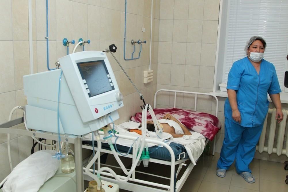 В Волгоградской области двухлетний кроха ошпарил себя кипятком с головы до ног