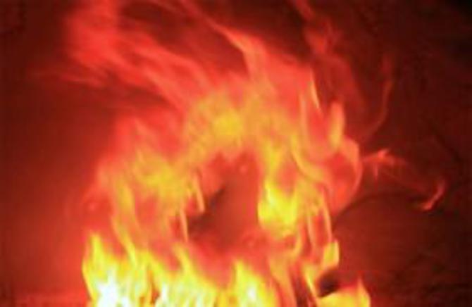 В Антиповке Камышинского района сгорели дом и баня на Цветочной улице