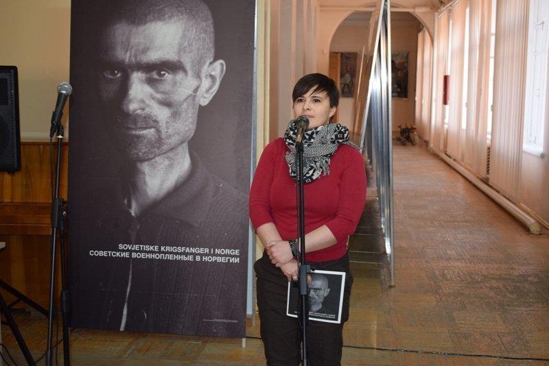Атташе по культуре Посольства Норвегии в России привезла в Камышин выставку
